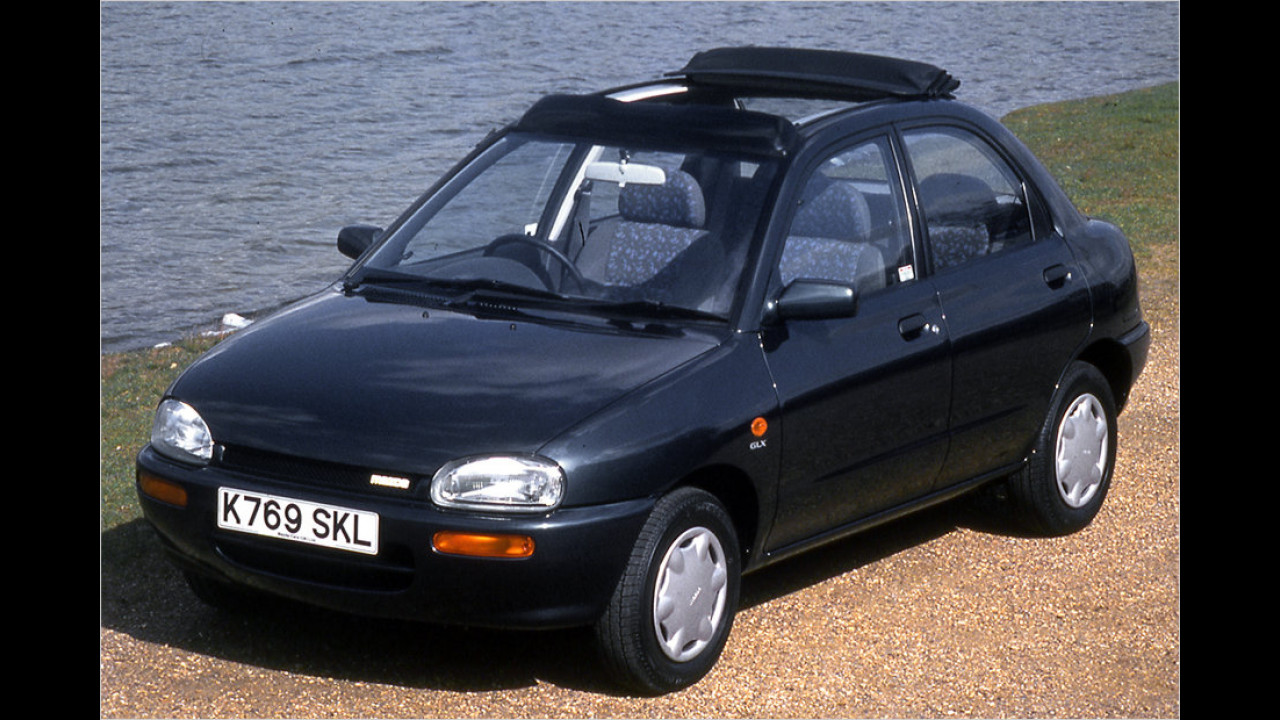 Mazda 121 (,Ei