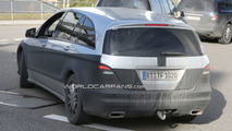 2010 Mercedes R-Class Facelift Newest Pictures Less Disguised