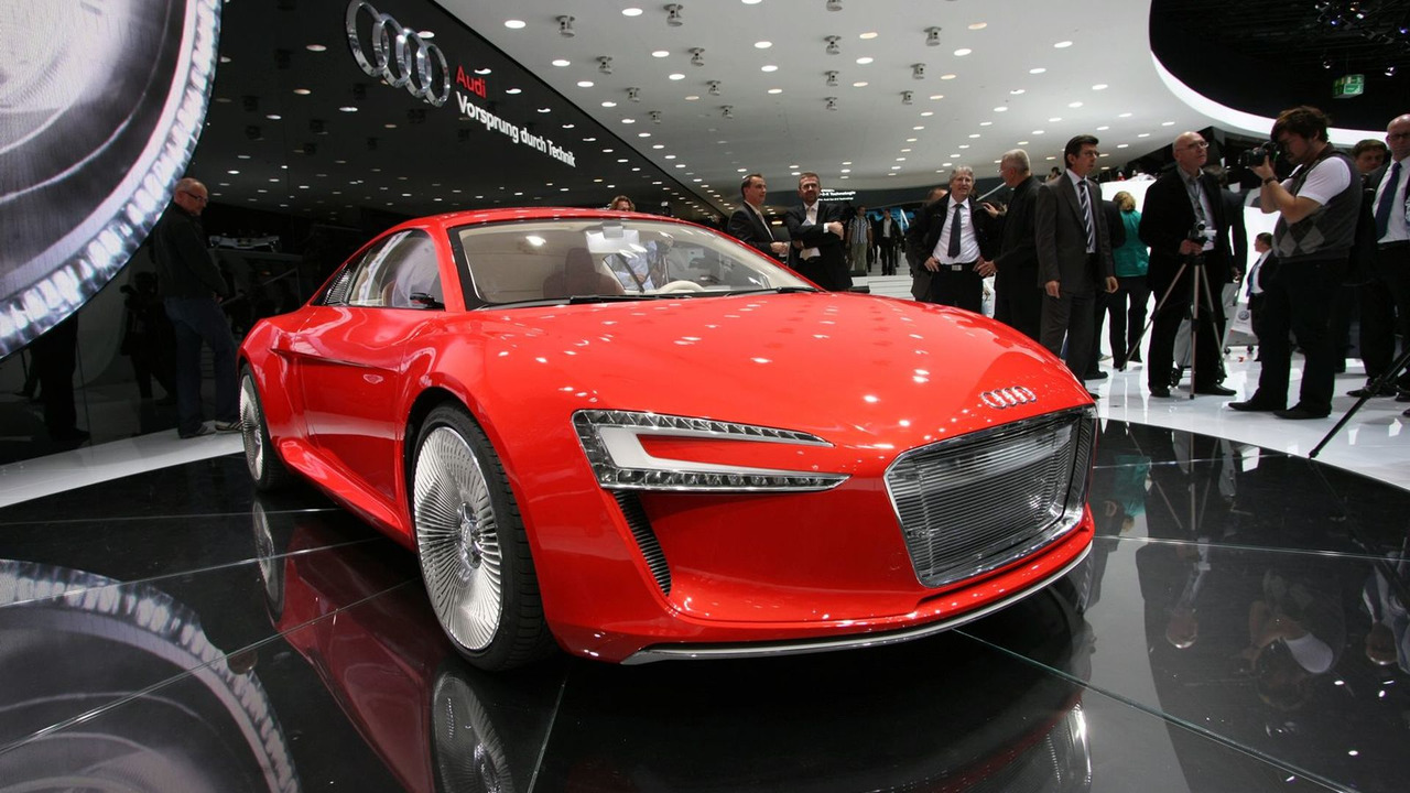Audi E Tron Concept At 2009 Frankfurt Motor Show