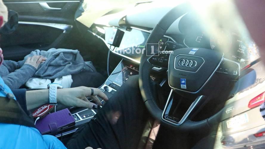 Audi A6 Avant İç Mekan Casus Fotoğrafları