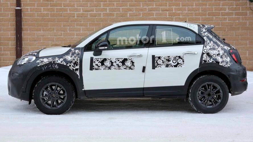 Fiat 500X, le foto spia del restyling