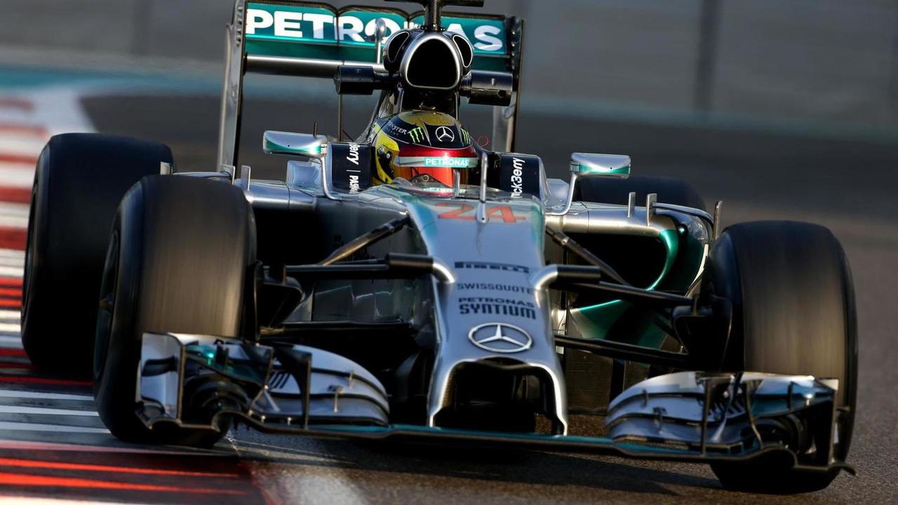 Pascal Wehrlein (GER), Mercedes AMG F1 Team, 26.11.2014, Formula 1 Testing, Day Two, Yas Marina Circuit, Abu Dhabi / XPB