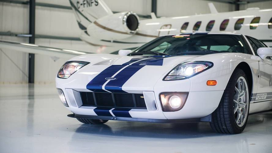 Brand new 2006 Ford GT heading to auction