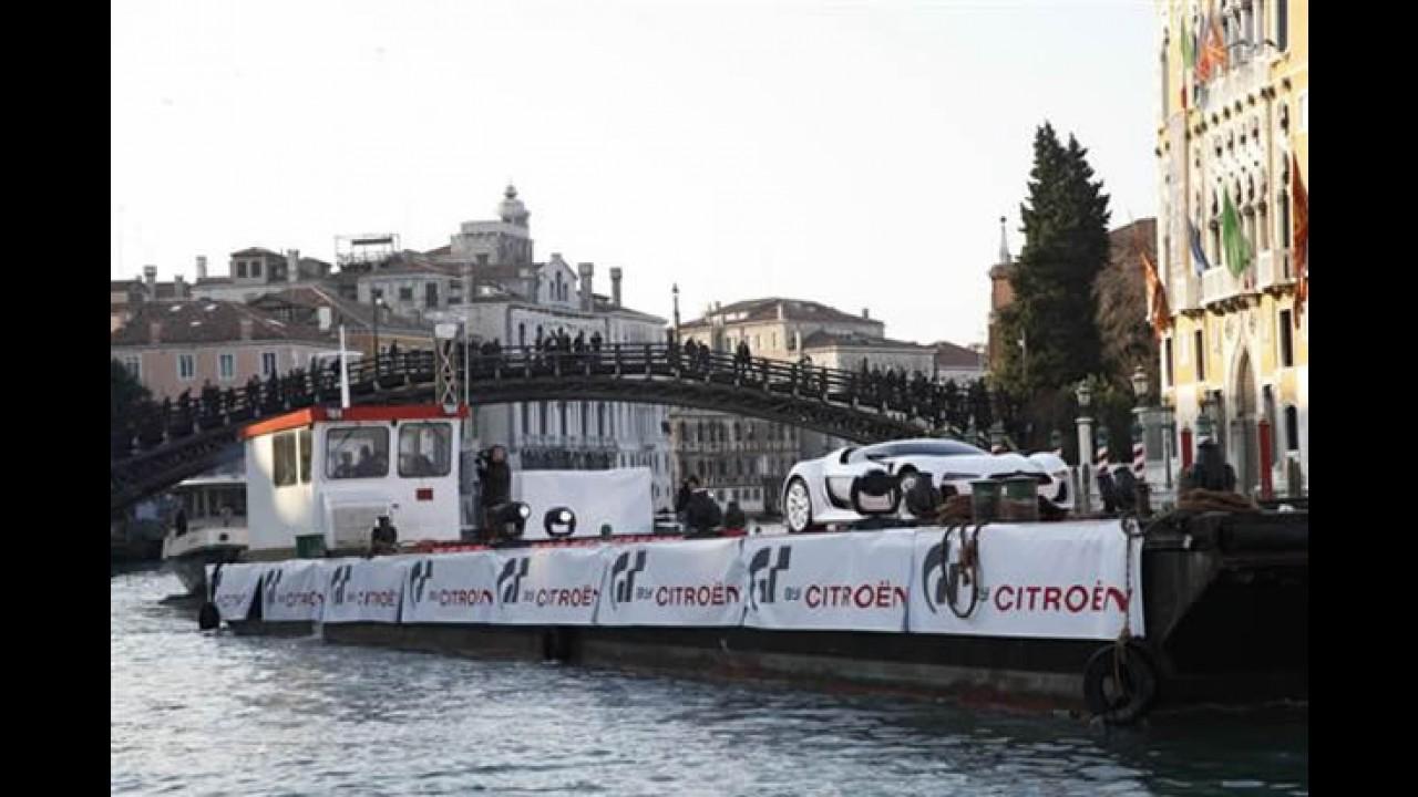 Citroën leva o carro-conceito GT para o Carnaval de Veneza