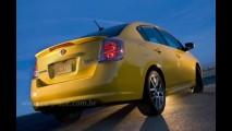 Nissan Sentra SE-R - Versão esportiva com 200cv pode vir ao Brasil