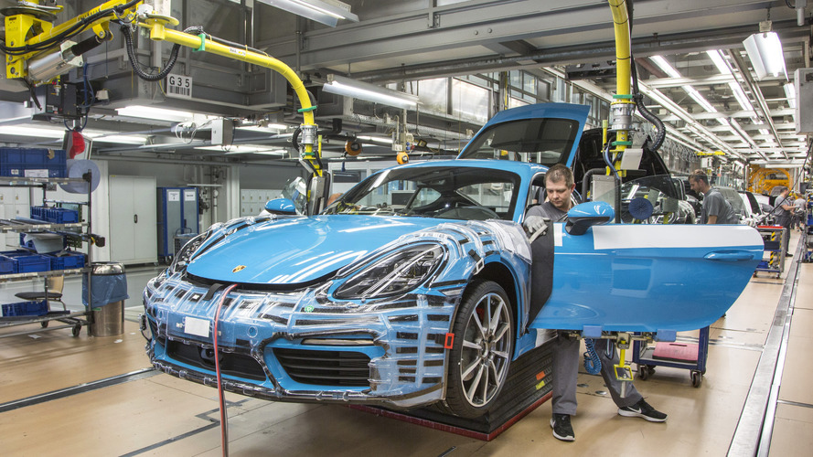 Porsche 718 Cayman production gets under way