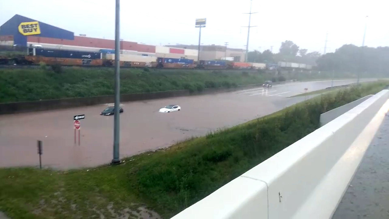 Ferrari FF Flood