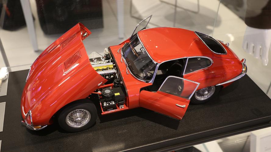 Üç mükemmel Jaguar E-Type Paris Otomobil Fuarı'nda satılıyor