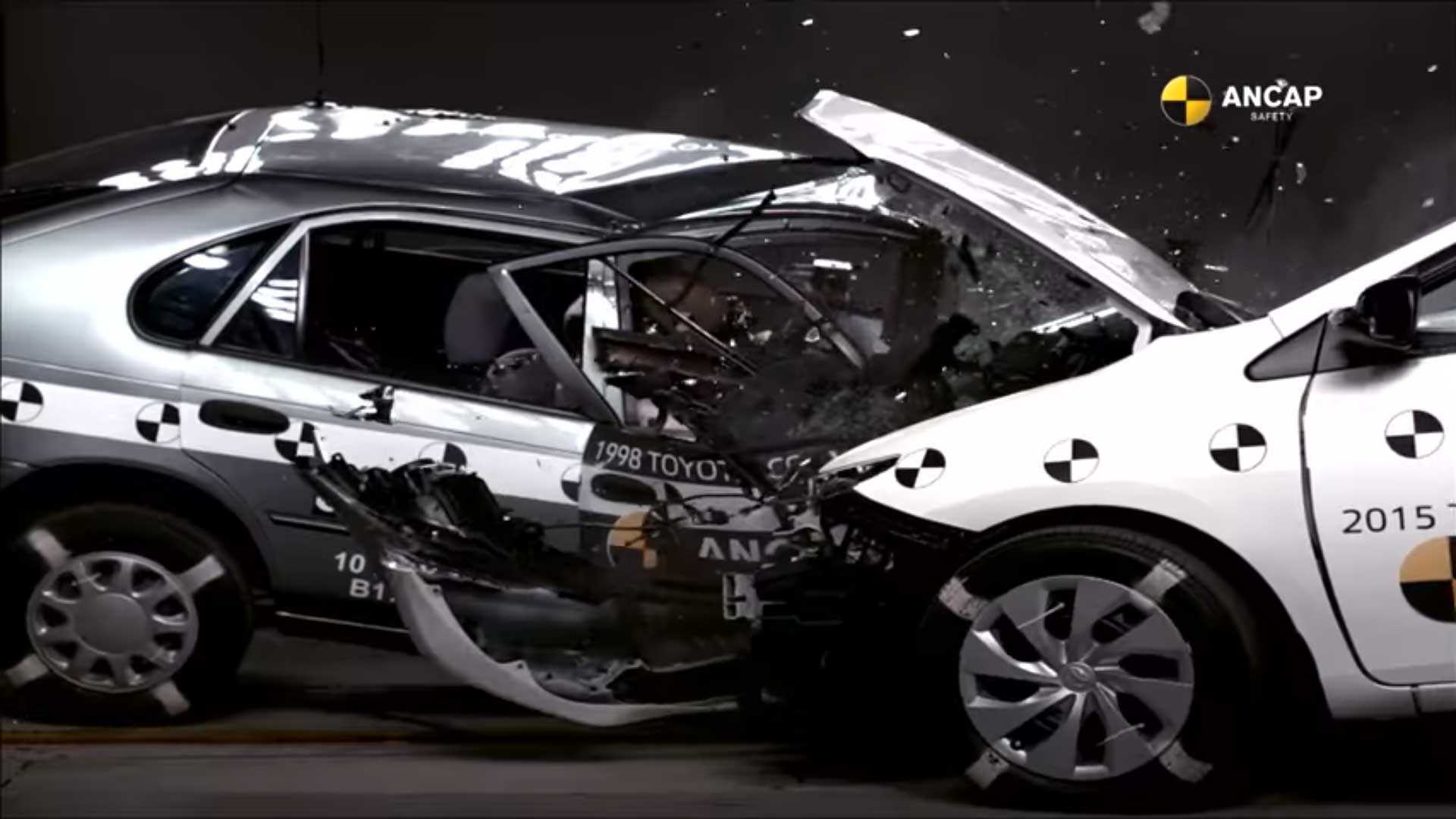 compare old versus new in shocking toyota corolla crash test. Black Bedroom Furniture Sets. Home Design Ideas