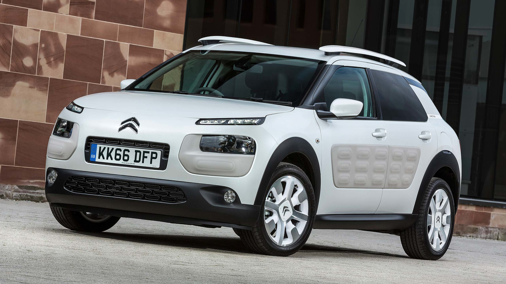 2017 citroen c4 cactus review. Black Bedroom Furniture Sets. Home Design Ideas