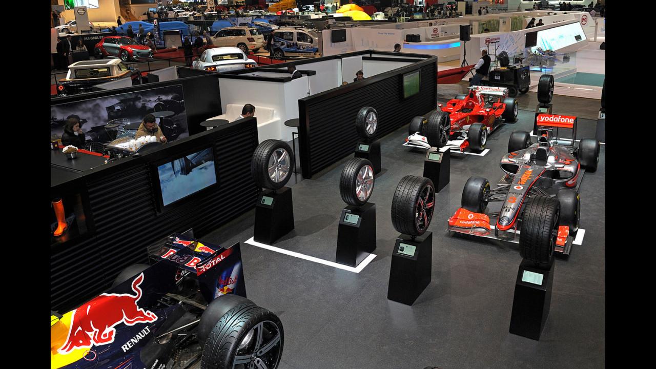 Pirelli al Salone di Ginevra 2011