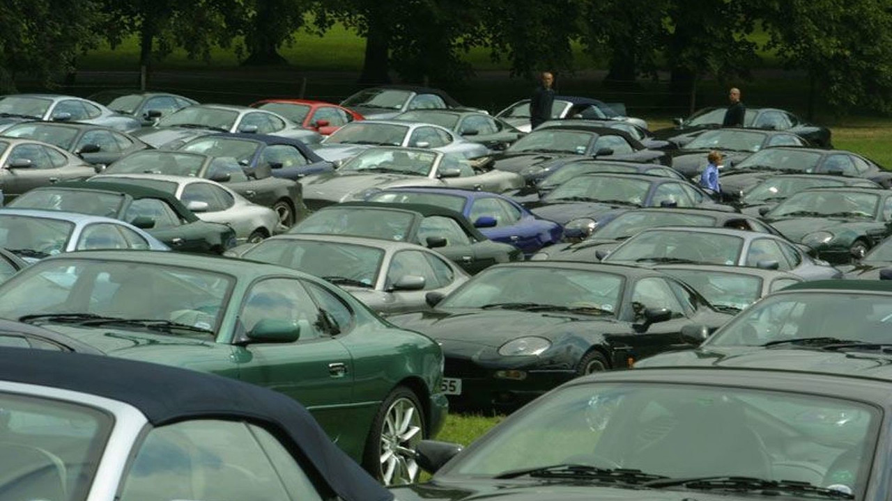 Largest Ever Meeting of Aston Martin DB7s in Buscot Park, Oxfordshire