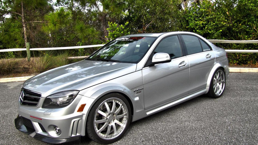 Mercedes-Benz C63 AMG with Akrapovic exhaust sound [video]