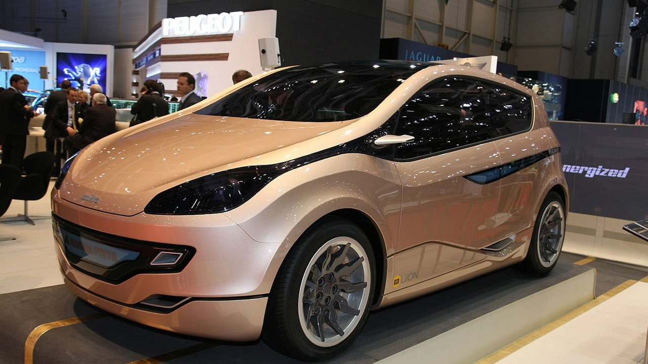 Magna Steyr MILA EV concept at Geneva