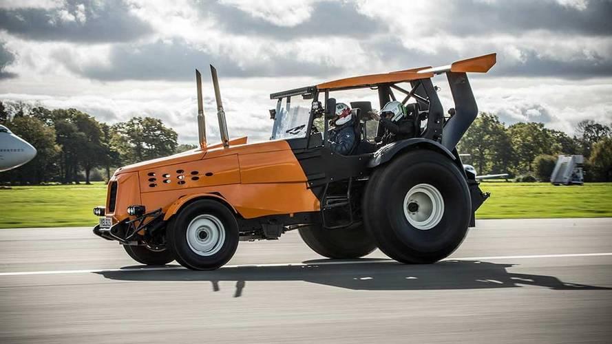 Le tracteur le plus rapide du monde