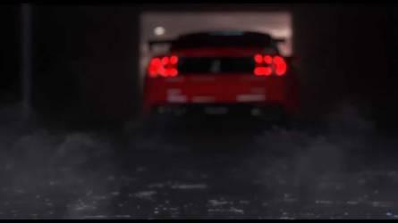 700 lóerő feletti teljesítménnyel tér vissza a Mustang Shelby GT 500
