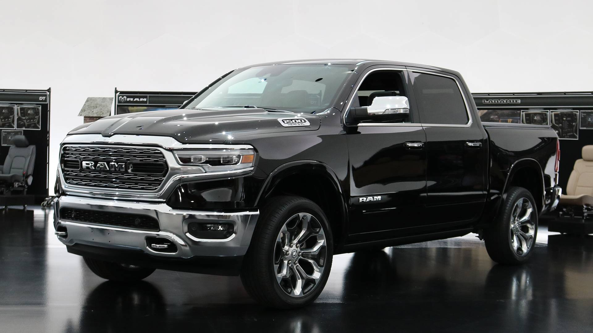 2019 Ram - 12-inch touchscreen vs. the competition