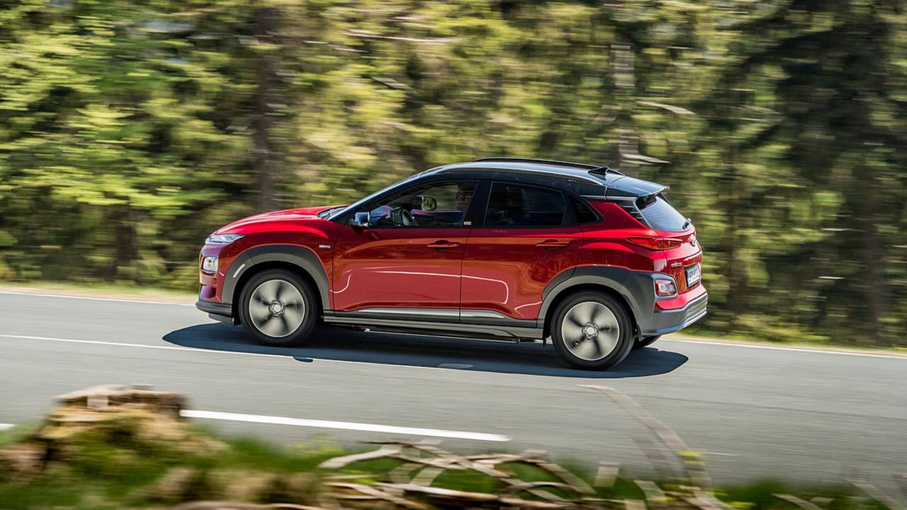 2018 hyundai kona electric pricing announced photos. Black Bedroom Furniture Sets. Home Design Ideas