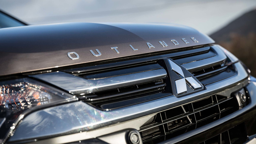 Mitsubishi Outlander PHEV Priced From Under $35k In U.S.