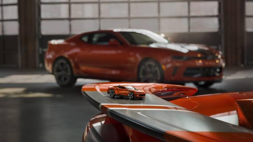 2018 Chevy Camaro and 2018 COPO Camaro Hot Wheels Edition