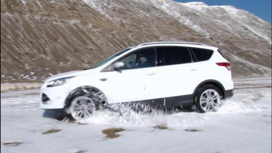 Guidare sulla neve: ripassiamo le tecniche migliori