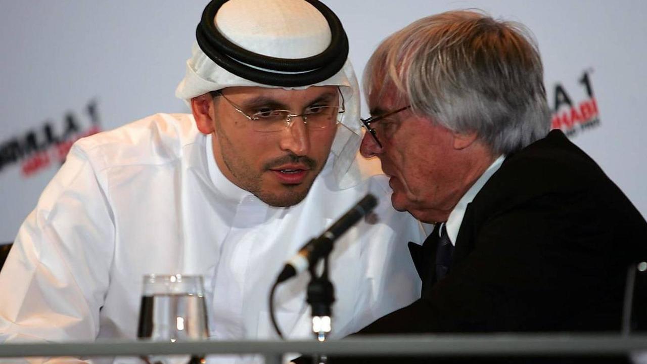 H. E. Khaldoon Al Muharak (UAE) Abu Dhabi Executive Affairs Authority and Bernie Ecclestone (GBR) - Tribute to the Champions, 03.02.2007, Abu Dhabi, United Arab Emirates