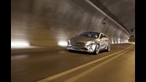 Mercedes Classe A Concept - Su strada