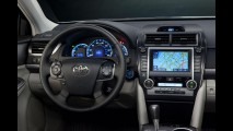 Toyota apresenta linha 2013 do Camry nos Estados Unidos com melhorias no acabamento