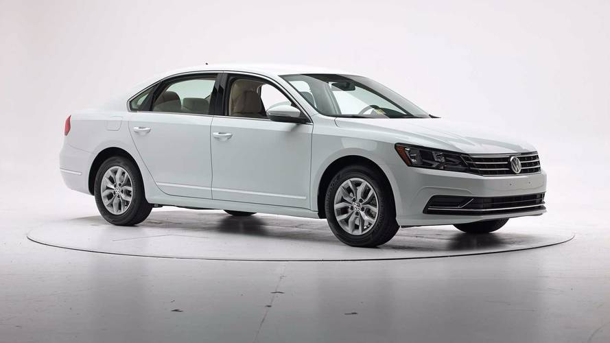 Vw Promises A New Passat Is Coming To U S In 2019