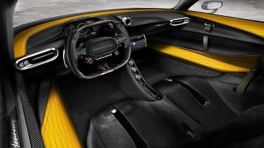 Már a Hennessey Venom F5 karbonszálas utastere is megmutatta magát