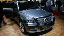 Mercedes Vision GLK BlueTEC Hybrid Live Reveal