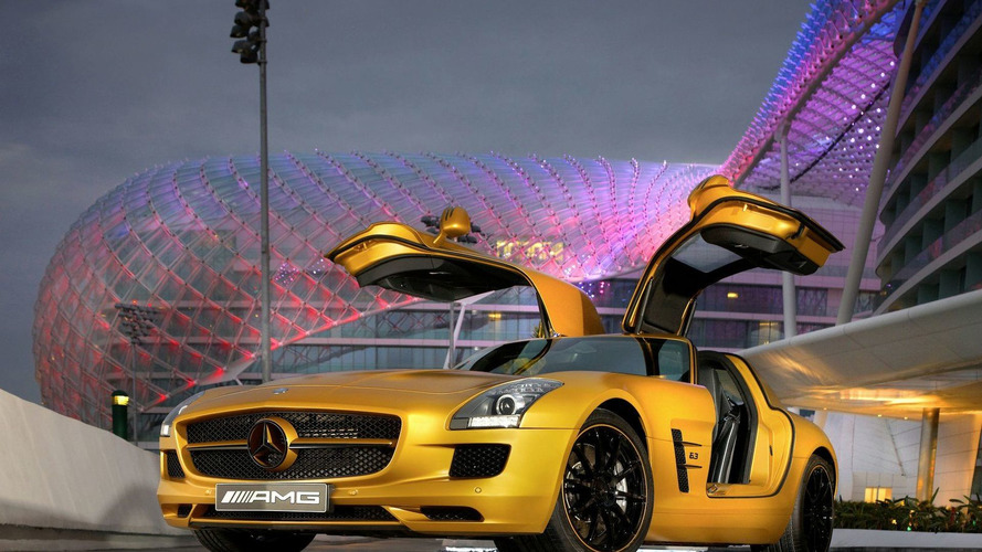 Mercedes SLS AMG Desert Gold Video Released
