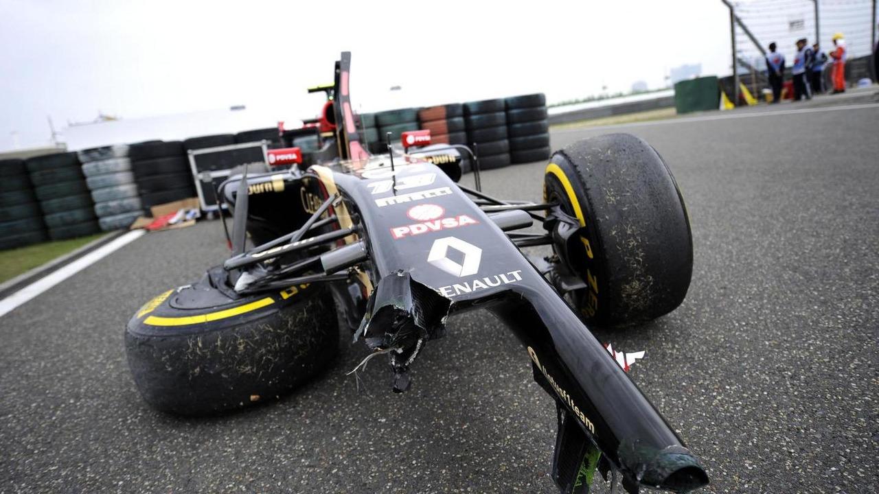 The damaged Lotus F1 E22 of Pastor Maldonado (VEN) who crashed in FP2, 18.04.2014, Chinese Grand Prix, Shanghai / XPB