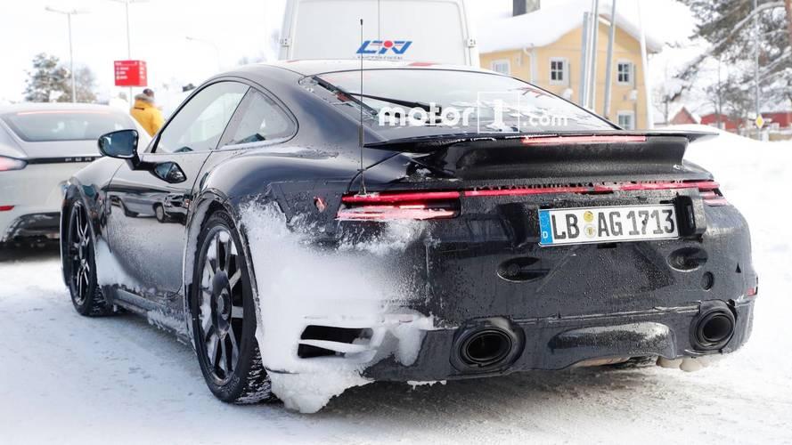 Next-Generation Porsche 911 GT3 Spy Photo