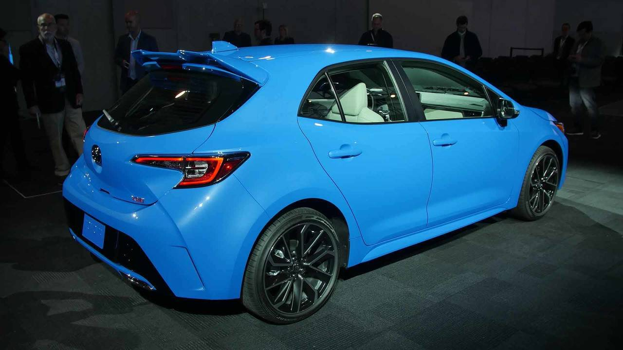 2019 Toyota Corolla Hatchback Live Photos photo