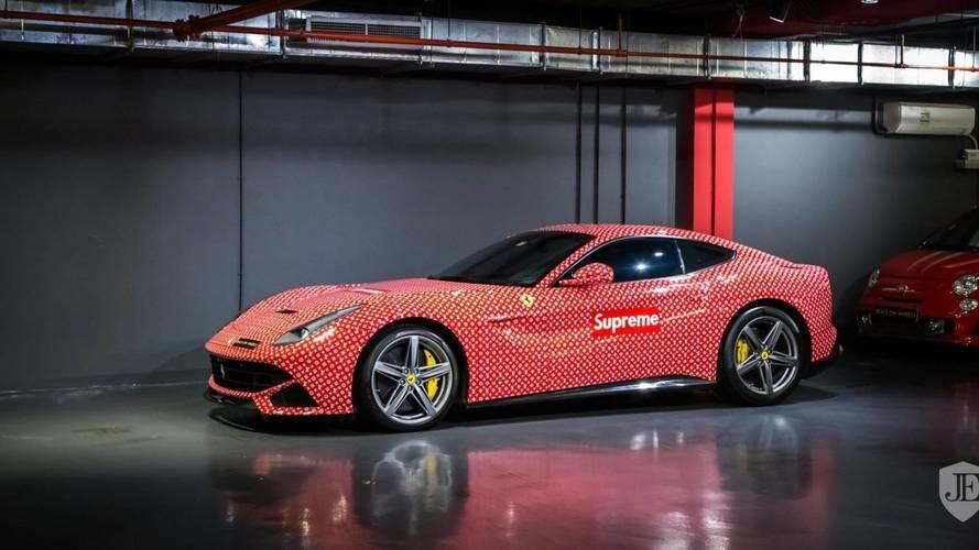 Eladó a Louis Vuitton fóliával bevont Ferrari F12