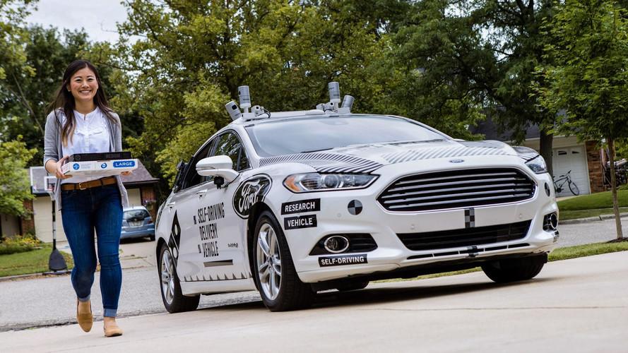 Descubre el coche autónomo de Ford que te lleva las pizzas a casa