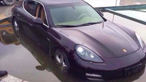 Porsche Panamera ends up in a pond in China