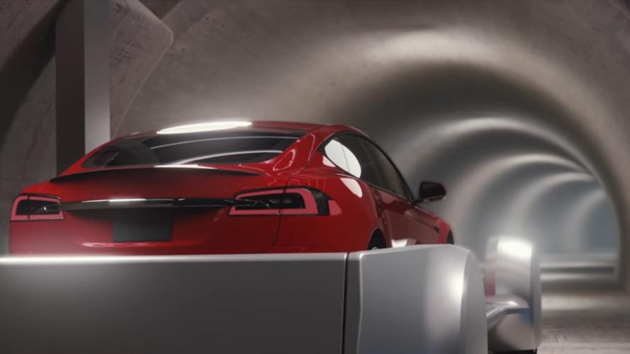 Vídeo - Elon Musk quer tornar carros em metrô com sua