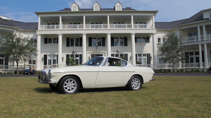 Driving Roger Moore's Volvo P1800 ST1