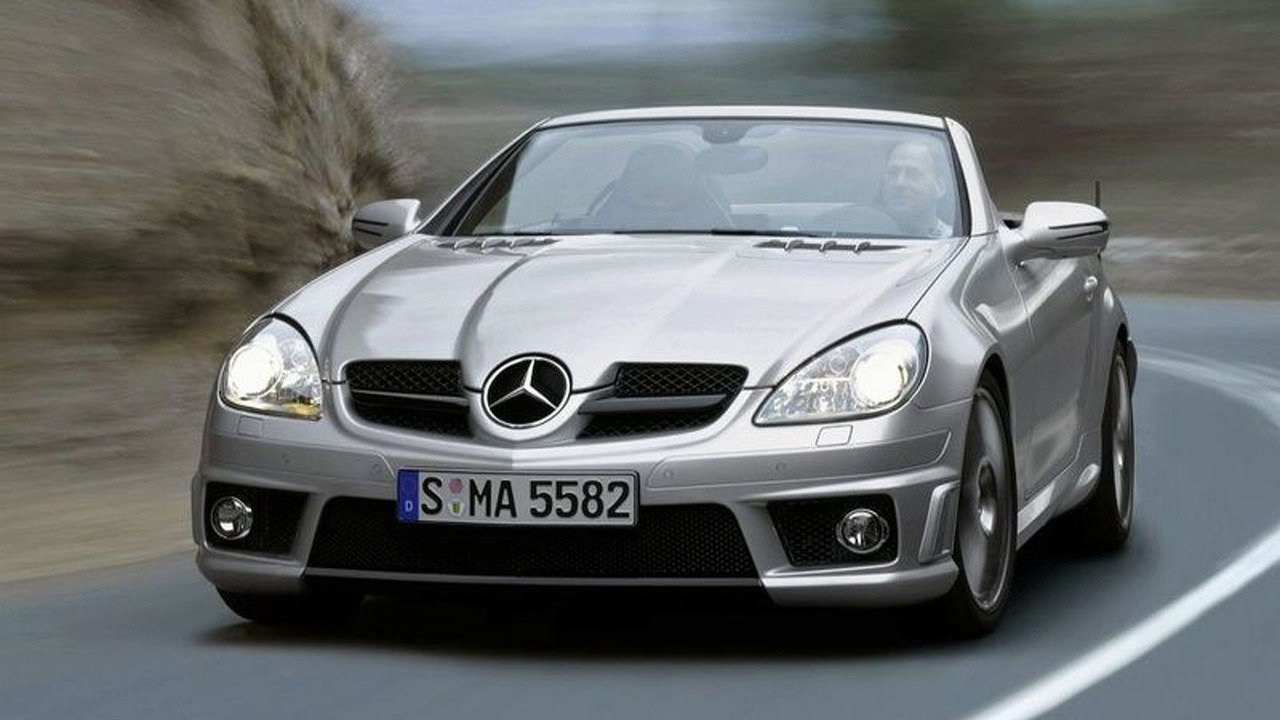 Record sales, profits for Mercedes-Benz in 2007