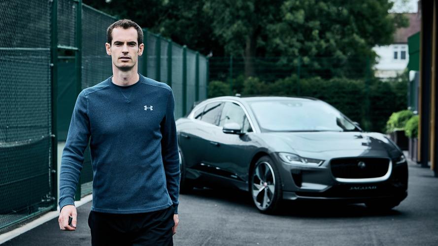Andy Murray reçoit son Jaguar I-Pace