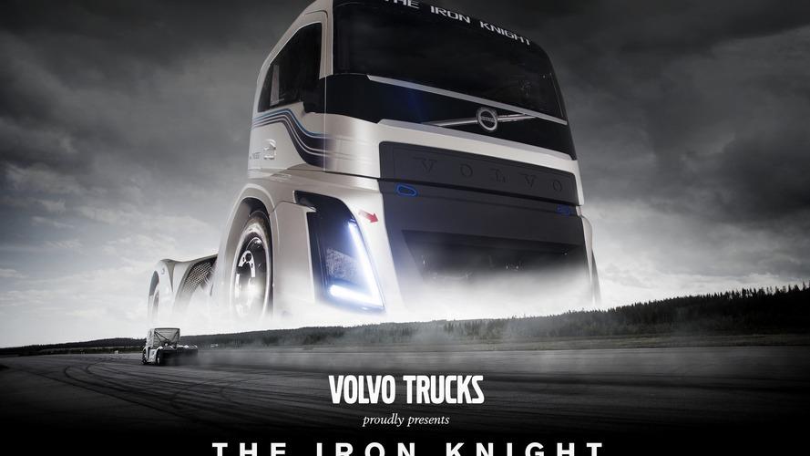 The Iron Knight - Le camion Volvo de 2400 chevaux bat deux records de vitesse mondiaux !
