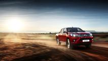 Otomatik vitesli 4x2 Toyota Hilux piyasaya sürüldü