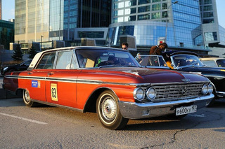 Classic American Cars Show Up to Moscow Retro Rally