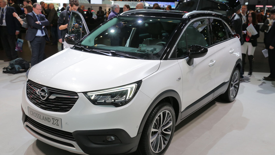 Crossland X arrives in Geneva to celebrate the PSA-Opel marriage