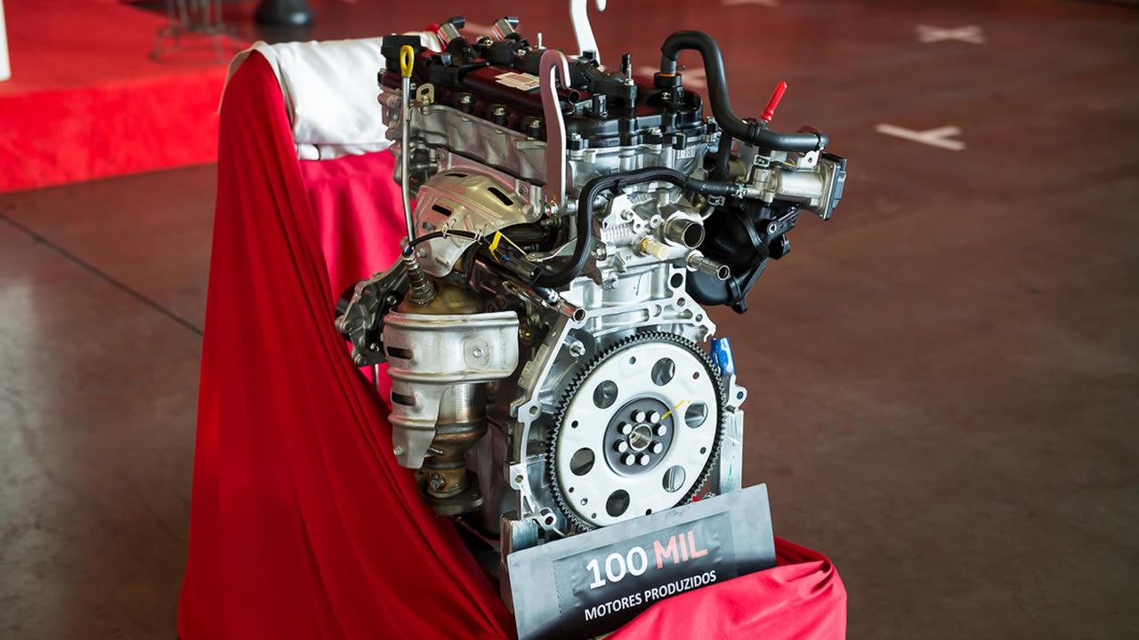 Motor Toyota de número 100 mil