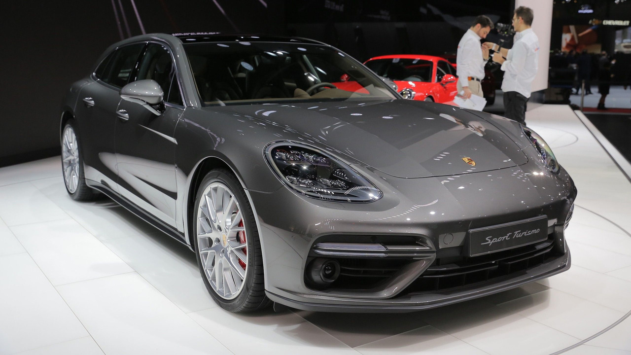 2018 panamera sport turismo is the long roof porsche of our dreams. Black Bedroom Furniture Sets. Home Design Ideas