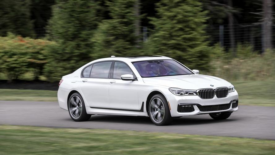 BMW grabs US luxury sales crown for 2015