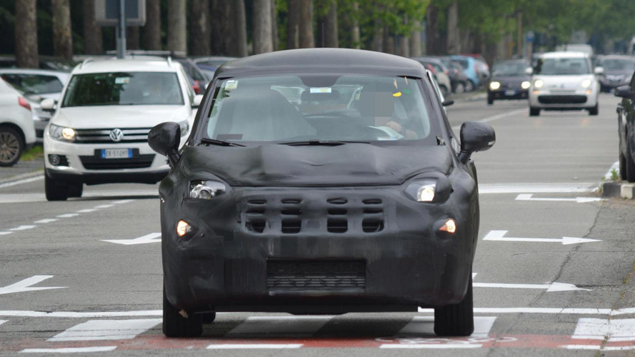 2015 Fiat 500X spied, will be launched later this year